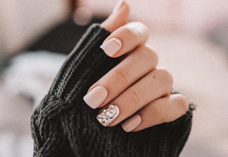 estética de uñas